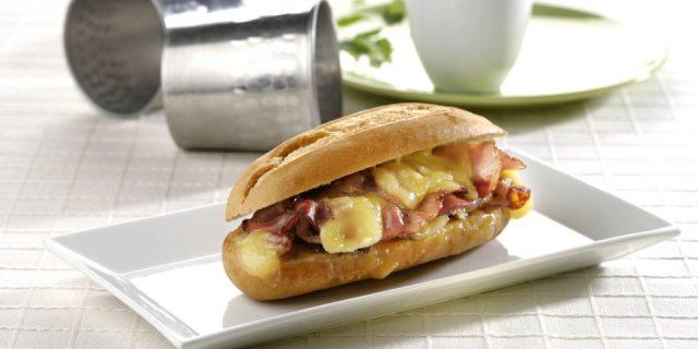 Bacon con Queso